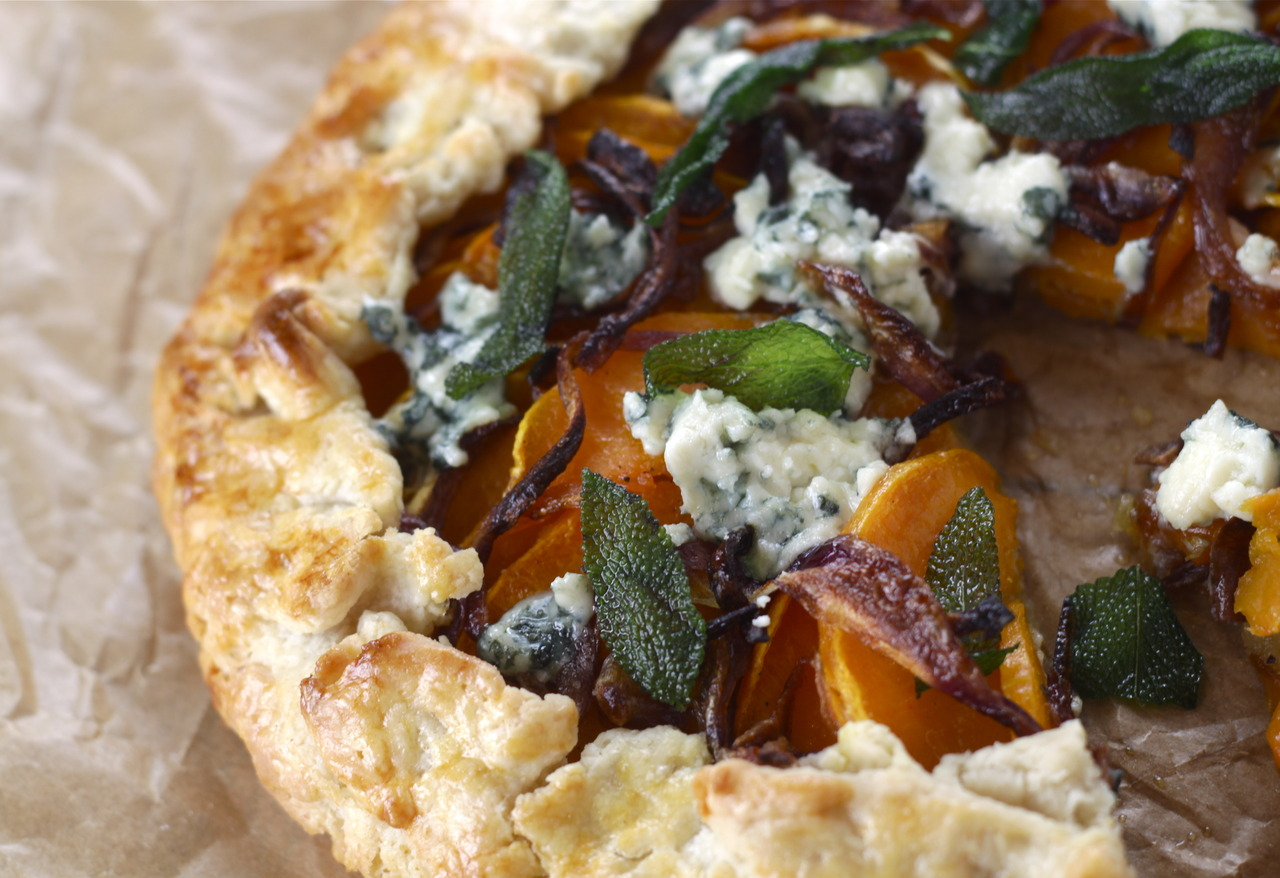 Butternut Squash With Caramelized Onions, Gorgonzola And Crispy Fried ...