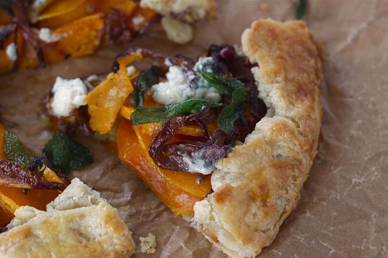 Butternut Squash & Gorgonzola Galette with Caramelized Onion and ...
